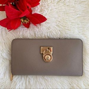 Michael Kors Gray Taupe Wallet